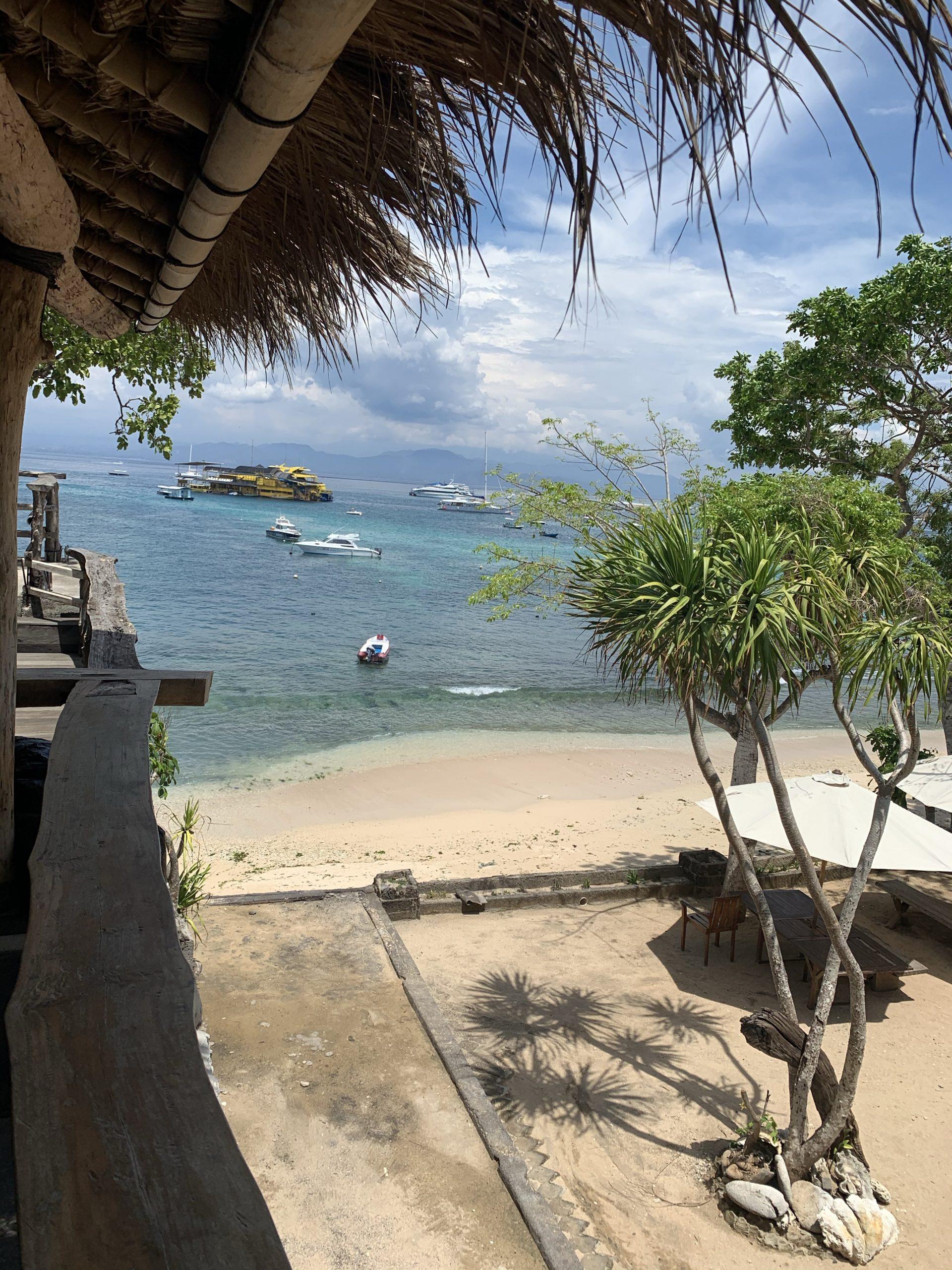 バリの離島レンボガン島